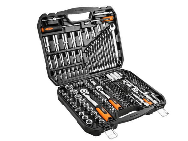 Набор инструментов для авто в чемодане NEO 08-671